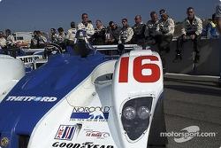 Les membres du Dyson Racing