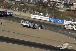 L'Audi R8 n°2 Champion Racing : Johnny Herbert, Pierre Kaffer en tête-à-queue