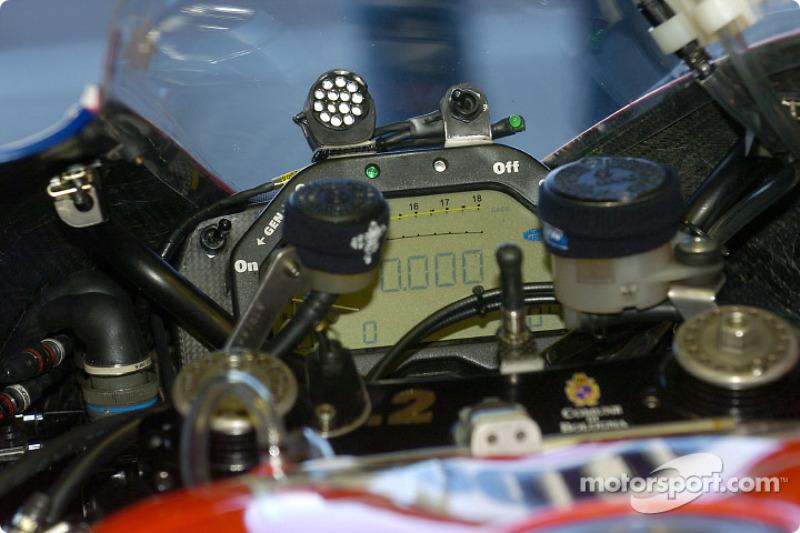 Dashboard: Ducati Desmosedici GP4