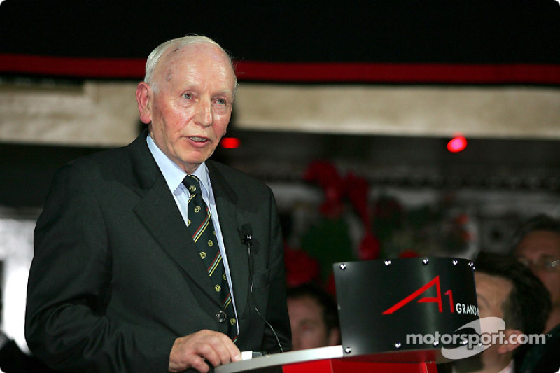 На презентации британской команды A1GP, 2004 год