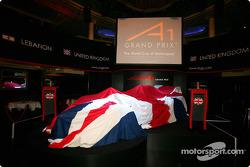 Le lancement de la voiture d'A1 Grand Prix de la Grande-Bretagne