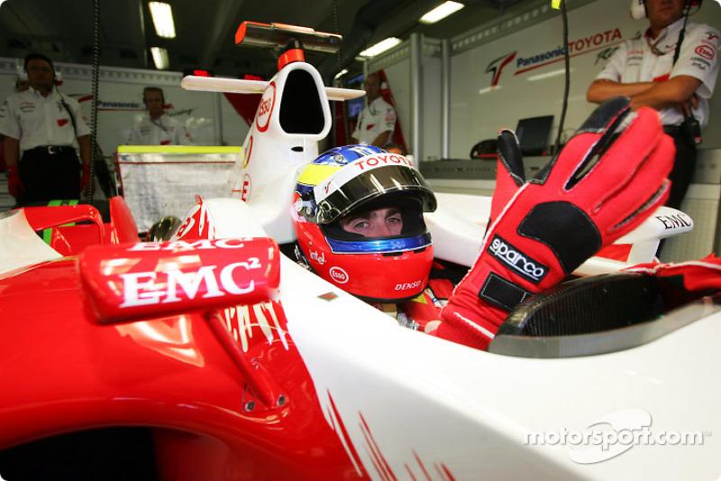 2004 год. Рикардо Зонта. 5 гонок в Toyota