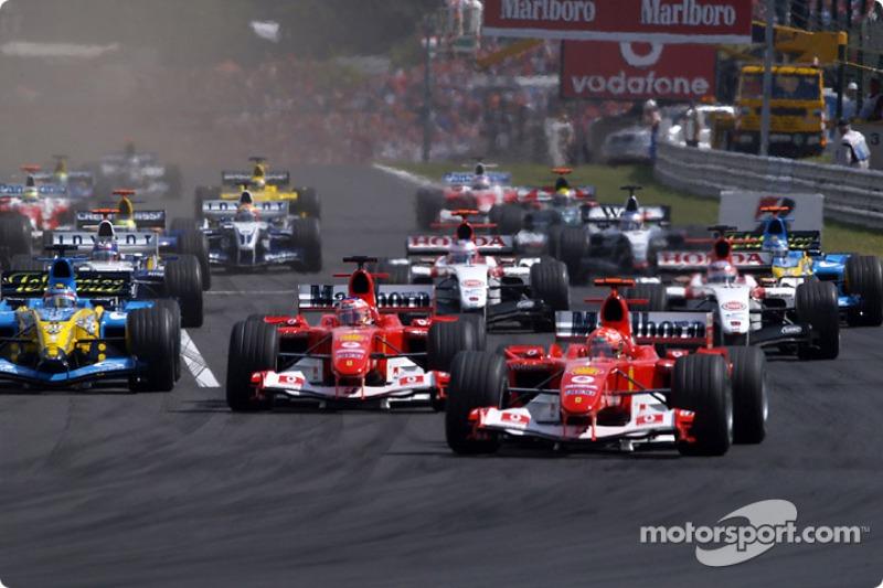 В первых гонках угнаться за Шумахером и Рубенсом Баррикелло пробовали соперники из Renault, BAR и Williams, но неудачно – Михаэль завоевал четыре поула и пять побед в пяти первых Гран При