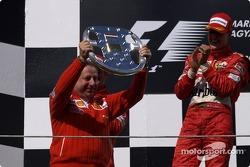 Podio: Jean Todt y Michael Schumacher