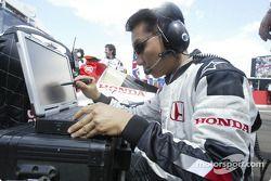 Honda mühendis gridde