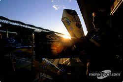 Sunset, Renault F1 pit area
