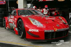 Nissan Fairlady Z: Satoshi Motoyama, Richard Lyons