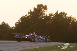 La Lola B162 Judd n°37 Intersport Racing : Jon Field, Duncan Dayton, Mike Durand