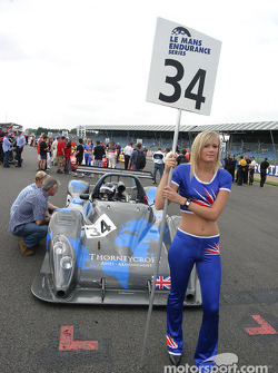 La Grid Girl K2 Race Engineering