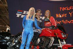 Les Bike Trader Girls