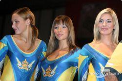 Les Corona Girls