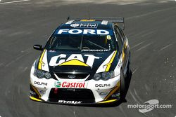 Craig Lowndes managed to qualify for the top ten