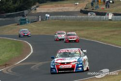 Rick Kelly starting to stretch his lead