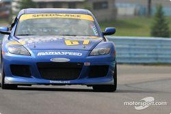 La Mazda RX-8 n°67 SpeedSource : Rich Walker, Gary Wollersheim