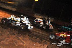 Le pilote de Sprint Car de Hawaii Jeff Villacorte, Mike Martin et Don Grable