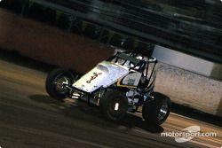 Le pilote de Sprint Car de Hawaii Jeff Villacorte