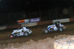 Le pilote de Sprint Car de Hawaii Jeff Villacorte et Mike Martin