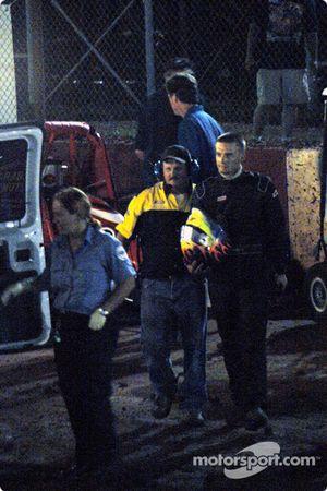 John Carney, Jr. dans l'ambulance