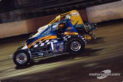 Les pilotes de Sprint Car de Hawaii Clement Conceicao et Dean Freitas