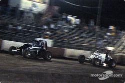 Les pilotes de Sprint Car de Hawaii Jimmy Pontin et Charles Davis, Jr.