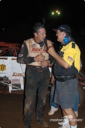Charles Davis, Jr. et Hal Burns de l'USAC