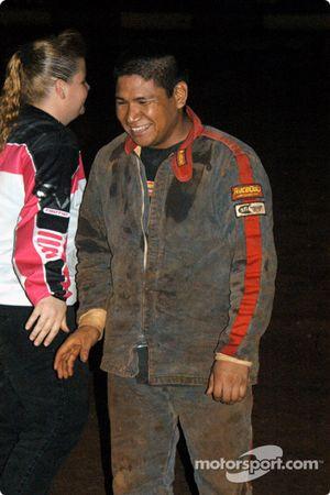Le pilote de Sprint Car de Hawaii Brandon Ternora, troisième vendredi