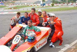 Dan Wheldon, Felipe Giaffone, Gil de Ferran, Oswaldo Negri Jr., Rubens Barrichello, Ruben Carrapatoso, Helio Castroneves et Tony Kanaan