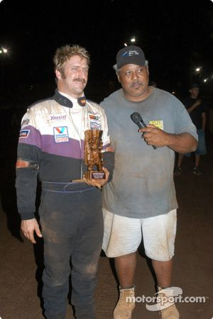 Jerry Apana awards Rick Ziehl for Friday night trophy dash