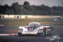#1 Rothmans Porsche Porsche 956: Jacky Ickx, Derek Bell