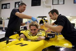 Christijan Albers seat fitting at Jordan factory