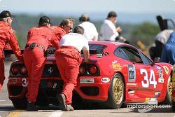 Scuderia Ferrari of Washington crew members