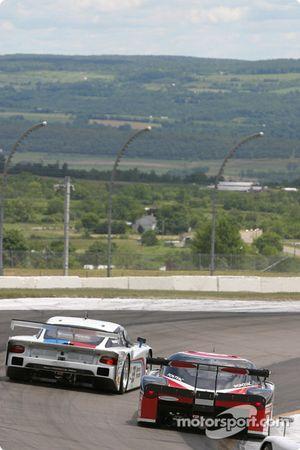 #59 Brumos Racing Porsche Fabcar: Hurley Haywood, J.C. France, Lucas Luhr, #4 Howard - Boss Motorsports Pontiac Crawford: Butch Leitzinger, Elliott Forbes-Robinson, Paul Edwards