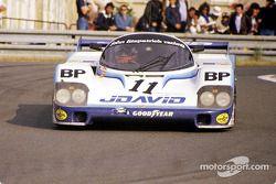 #11 John Fitzpatrick Racing Porsche 956: John Fitzpatrick, David Hobbs, Dieter Quester