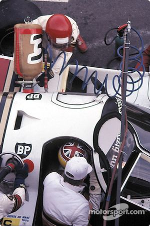 Пит-стоп: Дэвид Хоббс, Йо Гартнер, Гай Эдвардс, Fitzpatrick Porsche Team, Porsche 956 (№33)