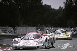 #18 Brun Motorsport Porsche 956: Oscar Larrauri, Massimo Sigala, Gabriele Tarquini