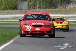 La Mustang Cobra SVT n°52 du Rehagen Racing (Larry Rehagen, Ken MacAlpine, Dean Martin)