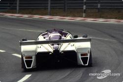 #51 Silk Cut Jaguar Jaguar XJR6: Эдди Чивер, Дерек Уорвик, Жан-Луи Шлессер