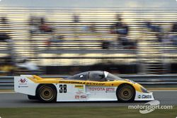 #38 Dome, Dome 86C Toyota: Beppe Gabbiani, Eje Elgh, Toshio Suzuki