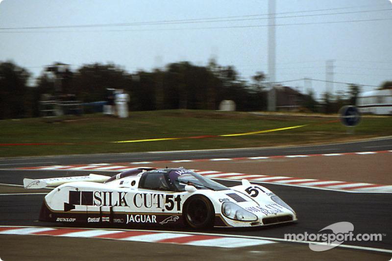 #51 Silk Cut Jaguar, Jaguar XJR6: Eddie Cheever, Derek Warwick, Jean-Louis Schlesser