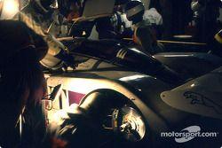 Boxenstopp: #53 Silk Cut Jaguar, Jaguar XJR6: Gianfranco Brancatelli, Win Percy, Hurley Haywood
