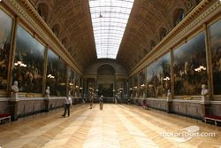 Visit of the Château de Versailles: the Battle Gallery