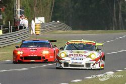 #90 White Lightning Racing Porsche 911 GT3 RSR: Sascha Maassen, Jorg Bergmeister, Patrick Long, #65 Prodrive Racing Ferrari 550 Maranello: Colin McRae, Rickard Rydell, Darren Turner