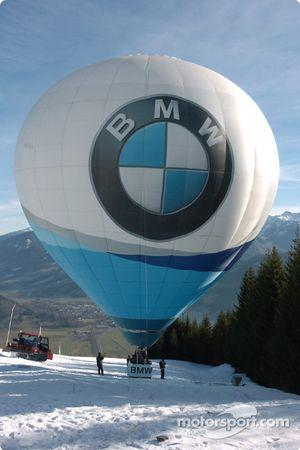BMW hot air balloon