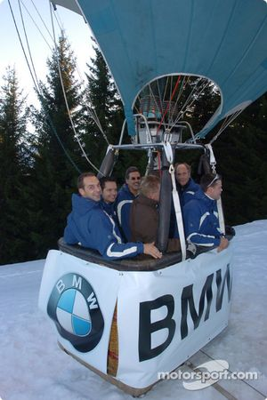Jorg Muller, Hans Stuck, Dirk Muller, Andy Priaulx ve Dr Mario Theissen