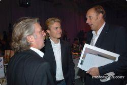 Keke Rosberg ve oğlu Nico ve Hans Stuck