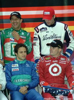 Tony Kanaan, Jimmie Johnson, Felipe Massa y Casey Mears