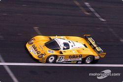 #37 Toyota Team Tom's Toyota 89C-V: Geoff Lees, Johnny Dumfries, John Watson