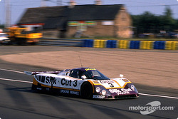 #3 Silk Cut Jaguar Jaguar XJR-9 LM: Дэви Джонс, Дерек Дэли, Джефф Клайн