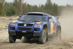 Volkswagen test in Poland: Jutta Kleinschmidt and Fabrizia Pons