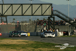#32 Epson Nakajima Racing NSX: Tsugio Matsuda, Andre Lotterer leads the field